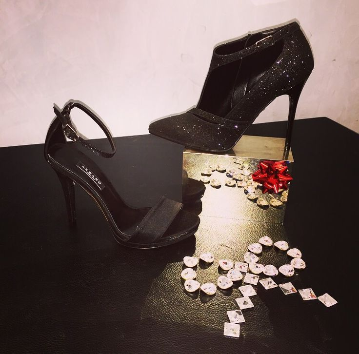 Black for your glamour winter!! Black Gitter sandal by Albano! Discover our Collection in Limited edition on www.albanoonline.it