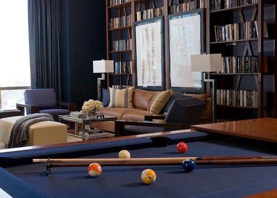 Billiard. Robert Brown