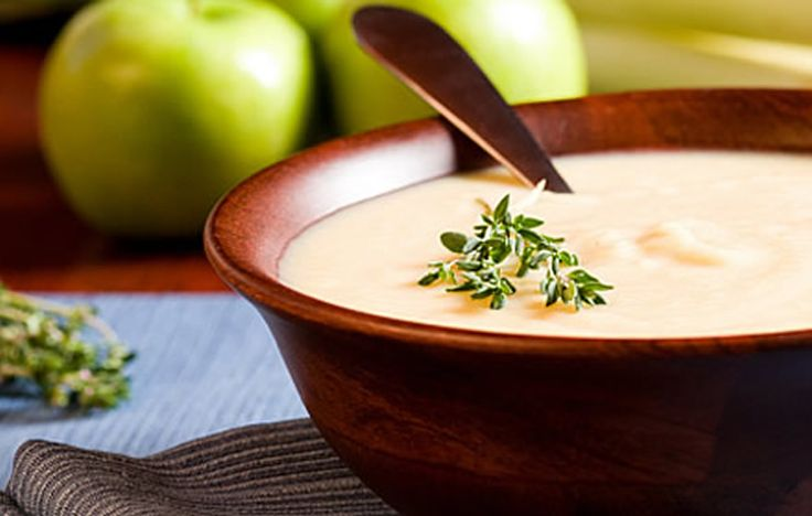 Another recipe for Cullen Skink, a traditional thick Scottish soup made of smoked haddock, potatoes and onions.  Enjoy more pins inspired by Outlander here: https://www.pinterest.com/KaveyEats/outlander-inspiration/