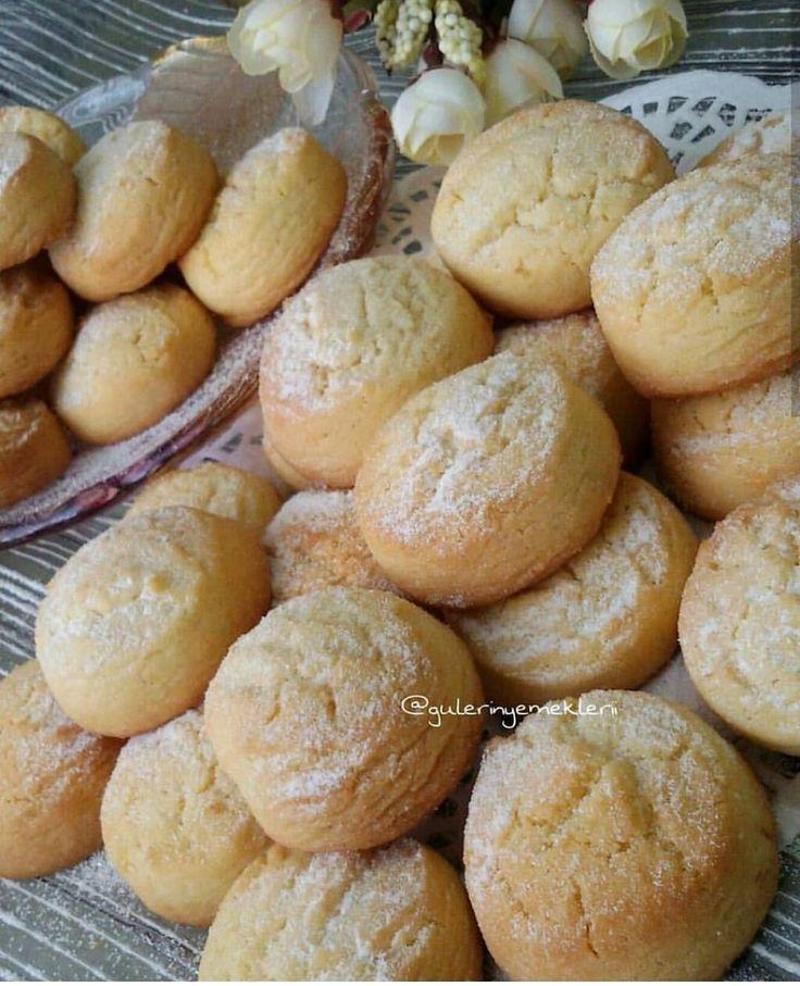 Herkesin sevdiği bir kurabiye çeşiti mutlaka vardır. Aroması ile leziz ve kıyır kıyır bir kurabiye çeşiti O halde cayimizin yanına eşlik…