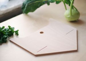 Cat Cutting Board - serving fruit, bread or cheeses