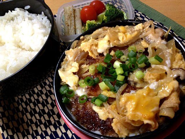 おはようございます☀ - 8件のもぐもぐ - カツ丼!ブロッコリー、ミニトマト、たたき牛蒡。 by seabreeze