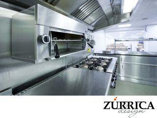 https://flic.kr/p/WVKDDM | En ZURRICA DESIGN le brindamos asesoría integral para instalar su cocina industrial 3 | LAS MEJORES COCINAS INDUSTRIALES. Cuando hablamos de cocinas industriales, no basta con mencionar cuál es el mejor equipo. Existe otra característica que es esencial dentro de cada proyecto, como lo son las instalaciones de electricidad, gas y agua. En Zurrica Design, recibirá asesoría para conocer cuáles son las más adecuadas para su establecimiento en función del volumen de…