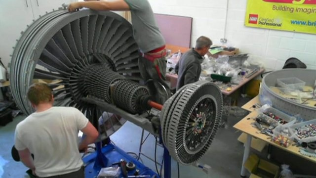 Moving Rolls-Royce Trent 1000 jet engine made from #LEGO bricks - via BBC News