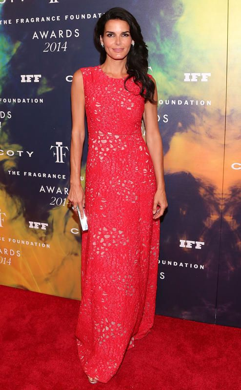 Angie Harmon - Fragrance Foundation Awards 2014