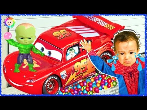 CRYING BABY BOSS Learn Colors FREAKY Joker Crushes SpiderBaby 1000 Water...