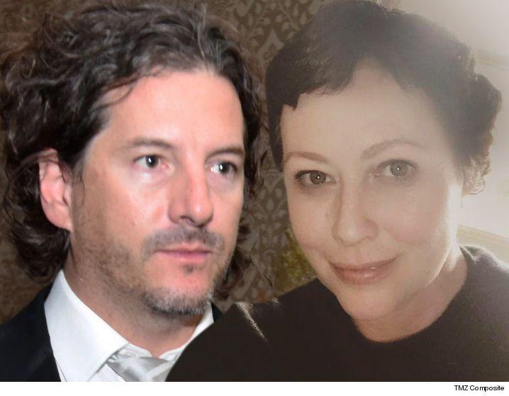 awesome L'époux de Shannen Doherty, Kurt Iswarienko, s'installe avec ses ex-managers en costume de cancer