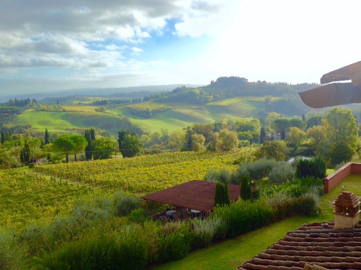 This is the view from our kitchen window, who likes?  #Tuscany #dolcevita #Guardastelle  www.guardastelle.com