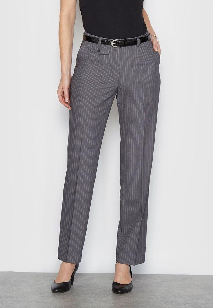 ede613c34 Pin de Andrea em Formal em 2019   Calças de senhora, Moda calças e Calça  alfaiataria feminina