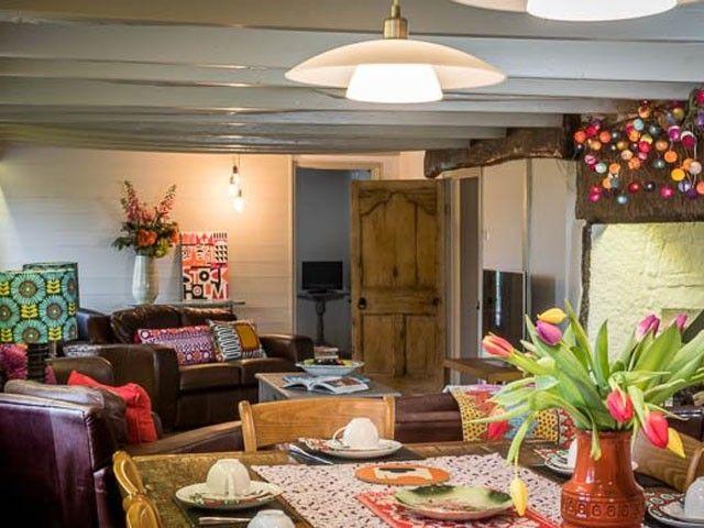 Large family group, luxury UK accommodation - Time Poor Mum