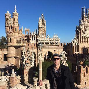 Bizantino, Gótico, Románico y Mudéjar.. Todo en una sola construcción. Un rincón poco conocido de #Benalmádena, el Castillo Monumento #Colomares por: victorjvarela