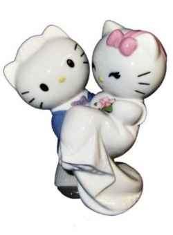 If you have a love of all things Hello Kitty then take a look at these amazing Hello Kitty Wedding Cake Toppers.    Hello Kitty and Dear Daniel...
