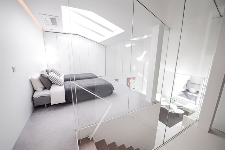 The penthouse with two bedrooms. The upper bedroom.