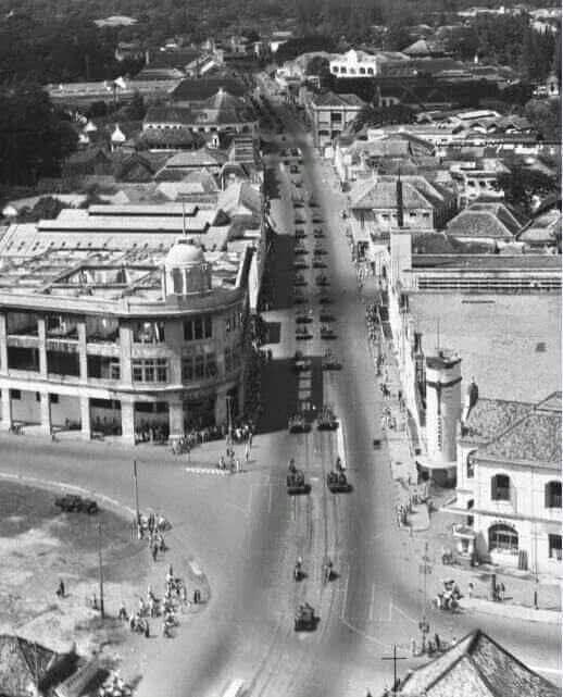 Konvoi pasukan sekutu & KNIL, Tunjungan Surabaya, 1948