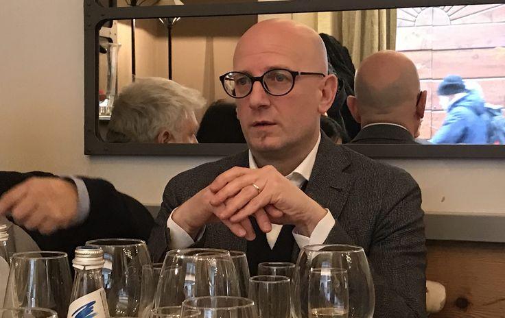 """A Milano, presso il Ristorante Fiori Chiari Plates, Sergio Bruno ha presentato ufficialmente """" B.eVi. Emozioni Oltre il Gusto """" Società di distribuzione."""