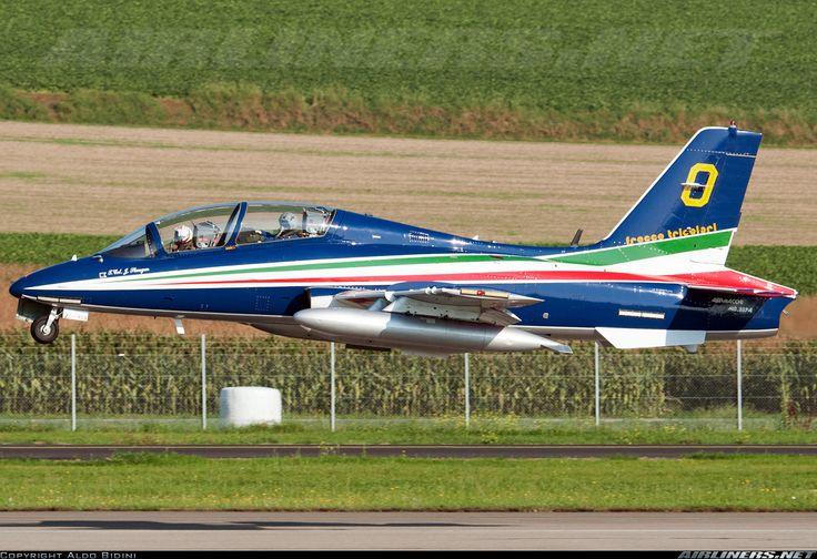 Aermacchi MB-339PAN  Frecce Tricolori