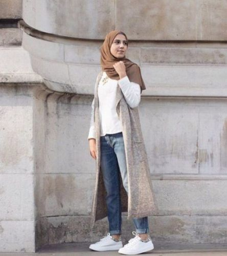 long-grey-vest-hijab-look
