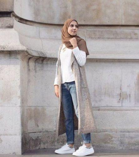 long-grey-vest-hijab-look