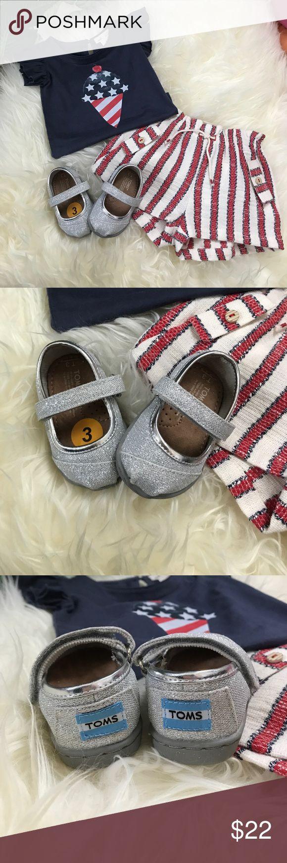 NWT Sz 3 silver sparkle Tiny Toms Tiny Toms Sz 3 Mary Jane style silver sparkle shoes. Toms Shoes Baby & Walker