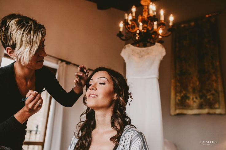 Boda David y Tamara en Azqueta, Navarra - PERALES fotografía. #makeup #wedding #bodas2017 #reportajebodas #fotografia #photography #weddingphotography #soniaperales #vintage #storyteller #pronovias #maquillajeboda #maquillajebodas