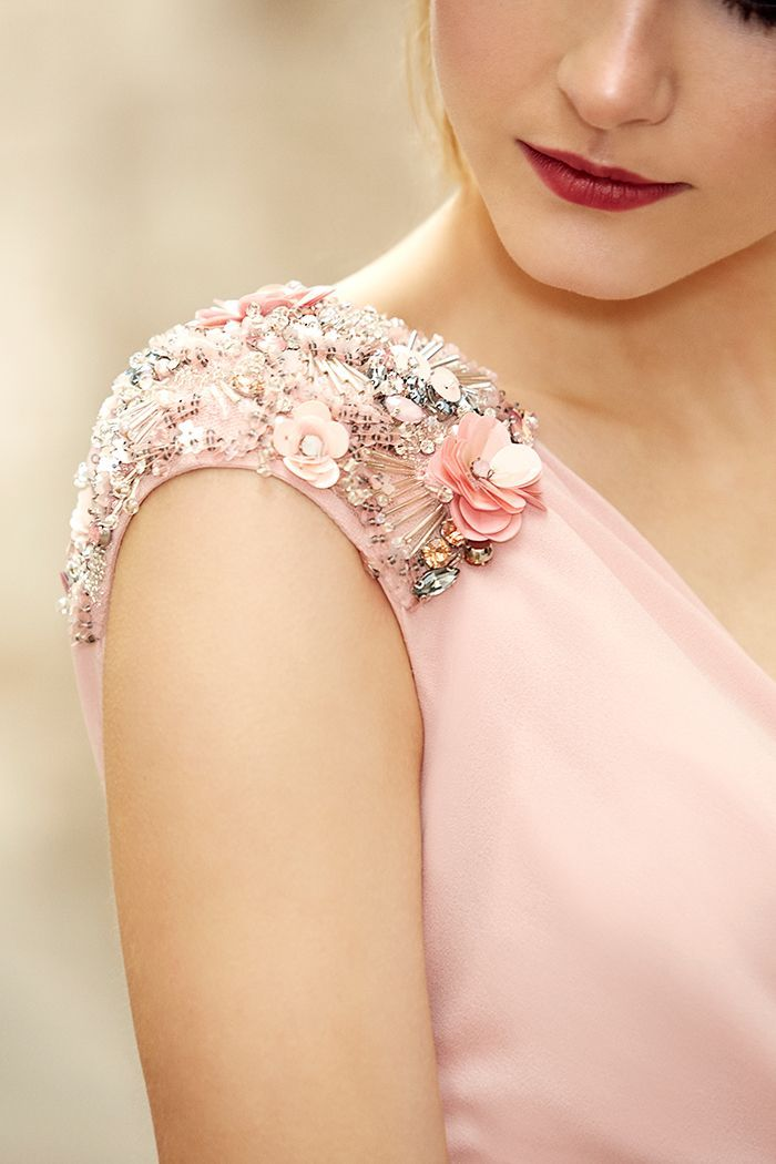 Pronovias Cocktail 2018 Preview Collection   Bridesmaid dresses   Dresses, Cocktail dresses with sleeves, Embroidery dress