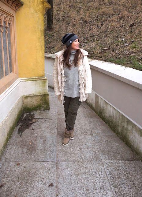 50 Looks of LoveT.: Outfit 3 - Die grüne Army Hose mit Grau und Weiß k...