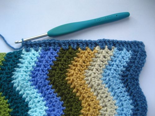 How to put a border on a ripple blanket Attic 24 style! So excited someone posted this!