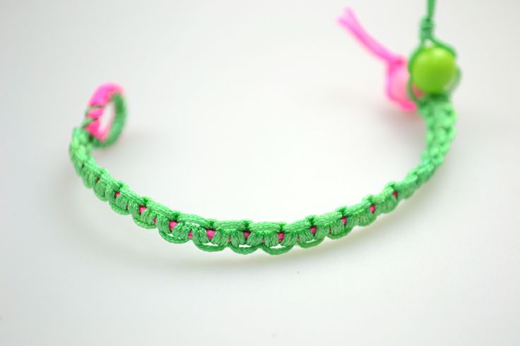 Make braided string bracelets with Lark's head knots – Pandahall ----- NOT the best tutorial, but the bracelet is cute.