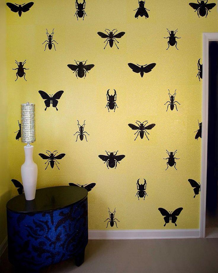Обои с насекомыми для стен комнаты