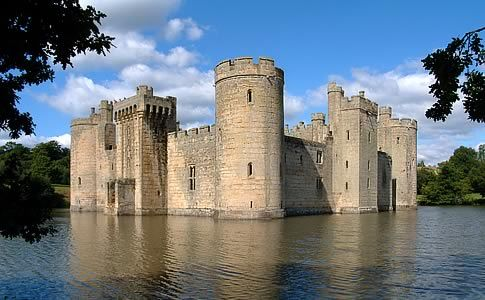 Bodiam Castle England. Real life faireytale.