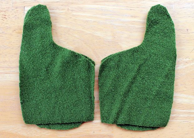 """Looking for the perfect DIY gift? You can make a pair of cozy, warm, fleece lined mittens from a couple of outdated sweaters in under an hour. I like to call these """"Smittens."""" Your friends and family will love receiving …"""
