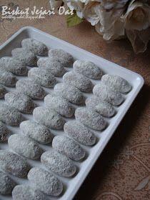 Salam... Biskut Jejari Oat Sumber:Mastura Zaida  Bahan: 250g mentega 4 0z gula kaster 2 cawan oats-dikisar 2 sudu besar serbuk koko 2 cawan...