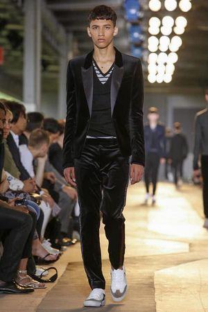 #dieselblackgold #diesel #mens #fashion  #Dieselblackgold.jpg