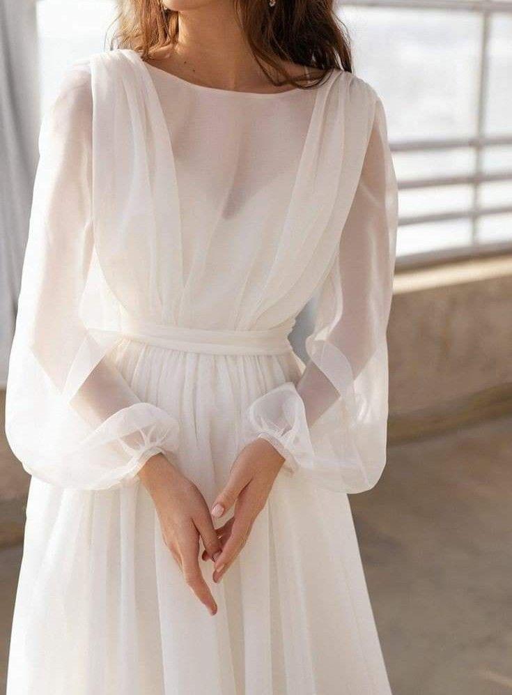 Pin By Hadeer On Outfit In 2020 Wedding Dress Long Sleeve Wedding Dress Organza Organza Bridal