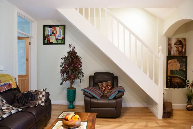 House in Dublin 8, Ireland. Next door to Guinness Brewery and a short walking distance to all major Dublin attractions. I have two rooms. One has a double bed and the other has a double bed and a single bed. It's a 3-day minimum stay and better rates for longer periods.  The...