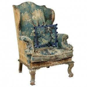 1880 yılı Queen Anne dönemine ait Kraliyet sarayında kullanılmış eşsiz bir antika mobilya. Ayrıntılı bilgi için http://antikamobilyalar.com/queen-anne-donemi-antika-koltuk/