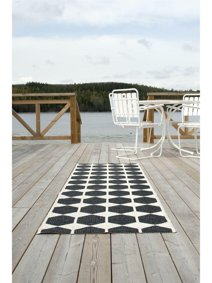 40 besten skandinavische teppiche bilder auf pinterest. Black Bedroom Furniture Sets. Home Design Ideas