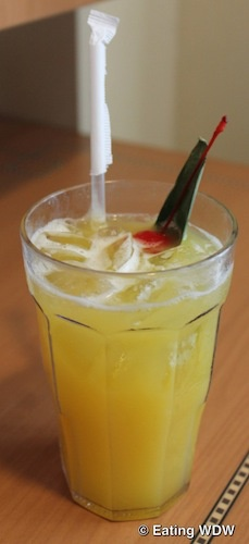 Disney Cruise Line's Yellow Bird Cocktail  Can't wait to sit on the deck and have one of these drinks with the people I love!