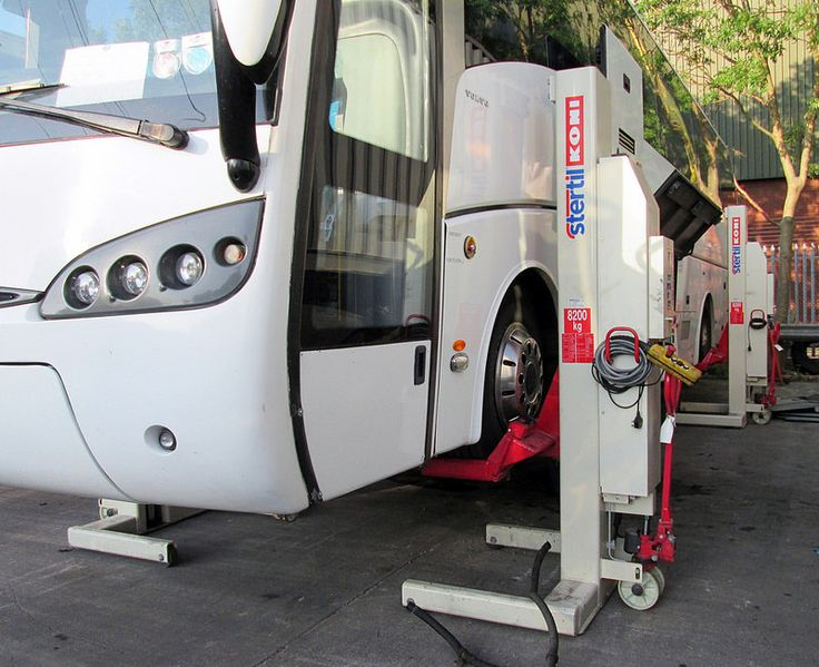 Volvo coach on mobile 4 post lift July 2014 2