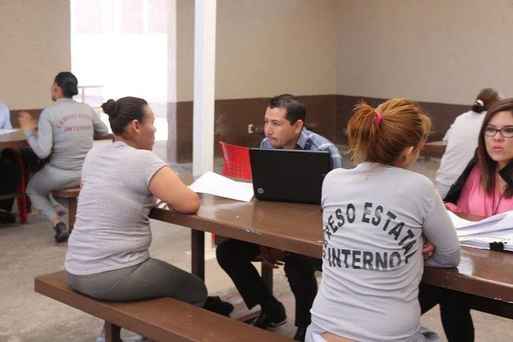 Brindan asesoría jurídica a internas del Cereso estatal femenil | El Puntero