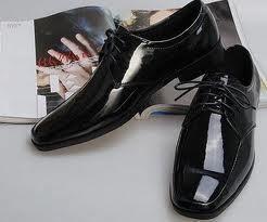 Можно ли с женихом выбирать свадебные туфли