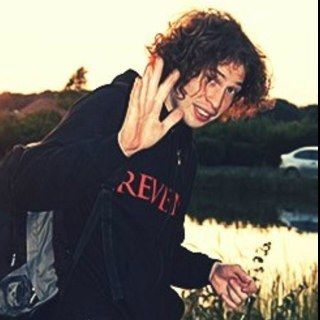 Ray Toro- I don't think he gets enough credit for his attractivness.