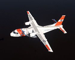 HC-144A Ocean Sentry (CN-235-300 MP Persuader) de la Guardia Costera de Estados Unidos en vuelo.