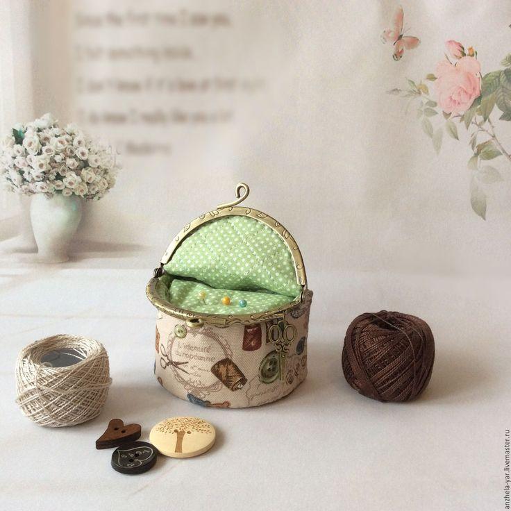 Купить Булавочница с фермуаром - разноцветный, Аксессуары handmade, аксессуары ручной работы, подарок, игольница
