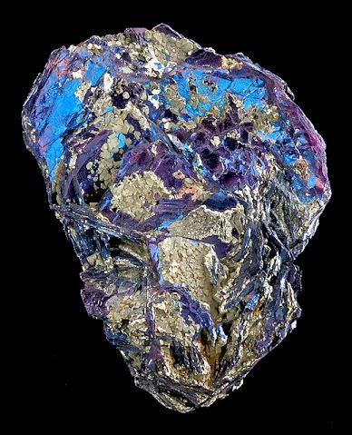 Covellite with accenting Pyrite crystals
