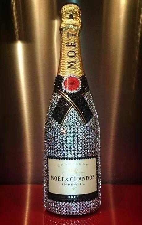 Encrusted Moet Bottle The James Bond Lifestyle Pinterest Bling Bottles Moet