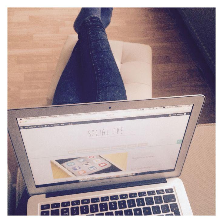 Hello! Hebben jullie de blog al gelezen over het inzetten van social media voor bedrijven op www.socialeve.nl? Check m nu via www.socialeve.nl/online-media/sway-presenteren-2-0/ #socialmedia #blog #blogger #socialmediablogger