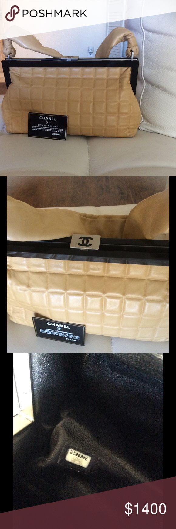 Chanel lamb skin nude satchel No stain , clean inside black leather , clean outside nude leather , vintage , Chanel authentic piece, trade with Chanel CHANEL Bags Shoulder Bags