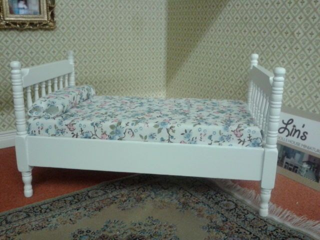 White Wooden Single Bed New (DF1513). Dolls House Miniatures 1/12th Scale. This item is not a toy. | eBay!