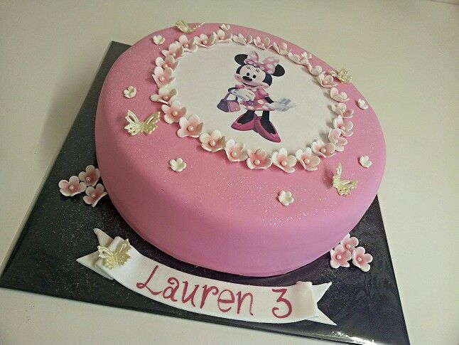 Minie mouse cake